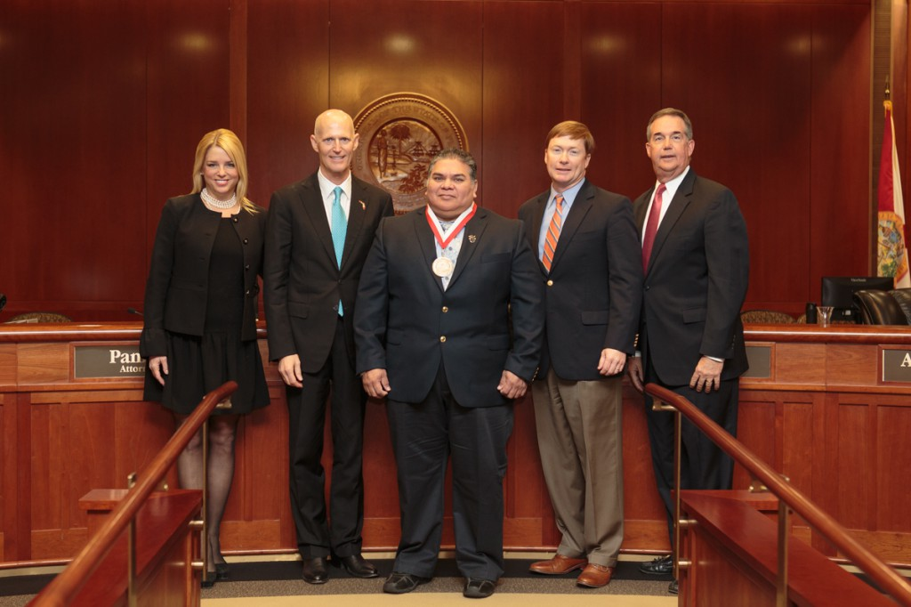 Chained Concepts, a Florida SBDC at UWF client, receives the Governor's Business Ambassador Award