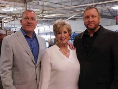 Owners of Sunshine Peanut Company and U.S. SBA Administrator Linda McMahon